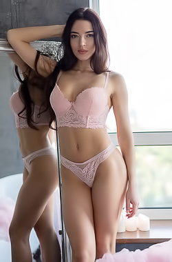 Glamour Model Rachele In Sexy Lingerie