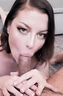 Sovereign Syre Giving Pov Blowjob